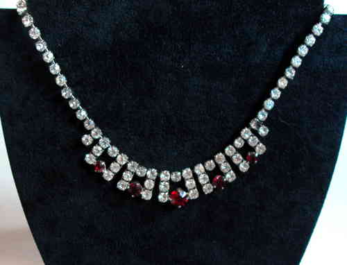 Diamante rhinestone necklace 2