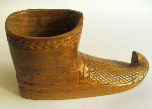 Wooden boot desk tidy