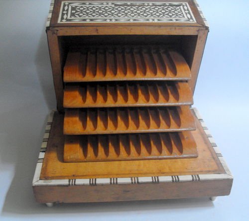 Moroccan cigarette dispenser