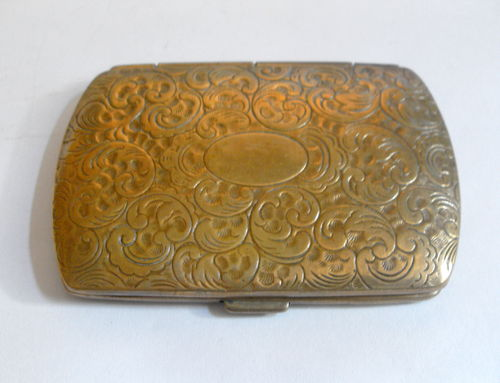 Small brass card case-2