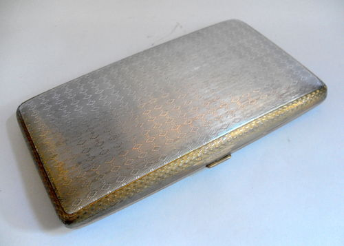 Large cigarette case