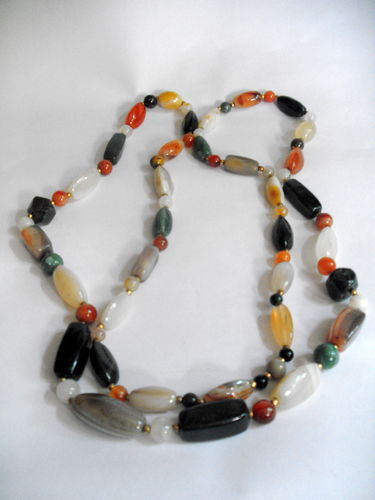 Long polished stone necklace 2