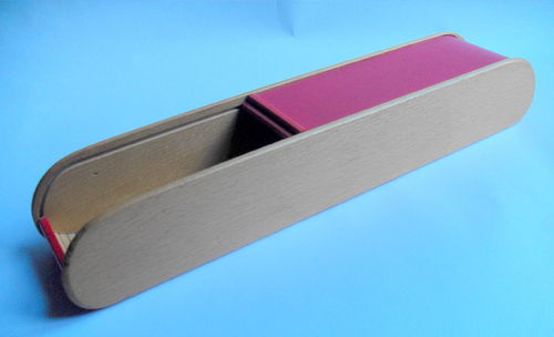 Tamboured knitting needle box