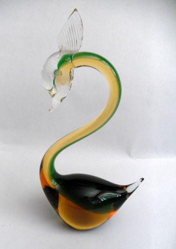 Glass swan deskweight 01