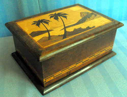 Marquetry pencil cigarette box
