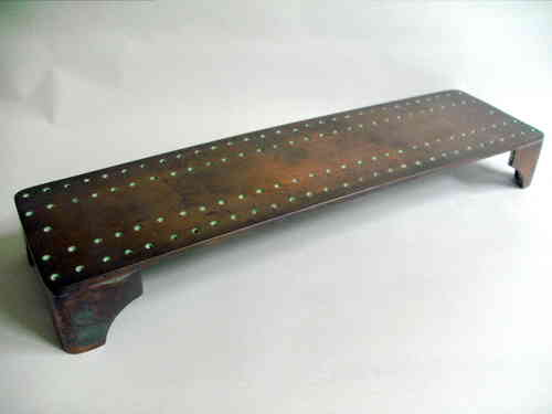 Cast metal cribbage board