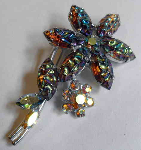 Sim fire opal flower brooch