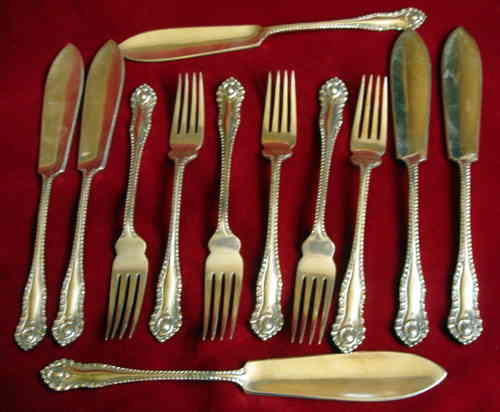 Travis Wilson fish cutlery