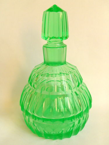 Uranium glass scent bottle Grn