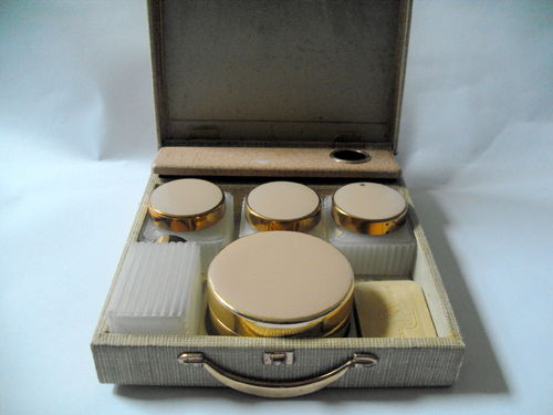 Small Sirram cased vanity set
