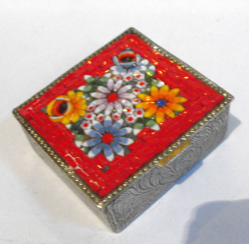 Micromosaic lidded ring box